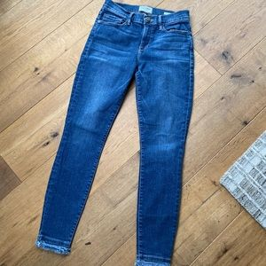 FRAME Le Skinny de Jeanne crop jeans. Size 27